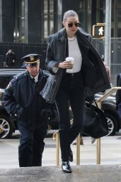 Gigi Hadid - Arrives at Manhattan Criminal Court in NYC 01/16/2020