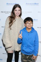 Hailee Steinfeld - Prive Revaux Event in Glendale 01/11/2020