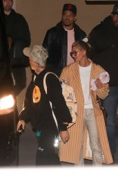 Hailey Rhode Bieber and Justin Bieber - Arrive for a Wednesday Night Church Services in Beverly Hills 01/08/2020