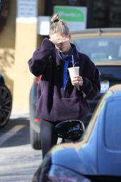 Hailey Rhode Bieber - Fuels Up in Los Angeles 01/24/2020