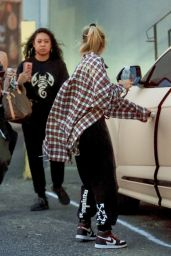 Hailey Rhode Bieber - Leaves a Dance Class in West Hollywood 01/09/2020