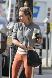 Hilary Duff Booty in Tights 01/15/2020