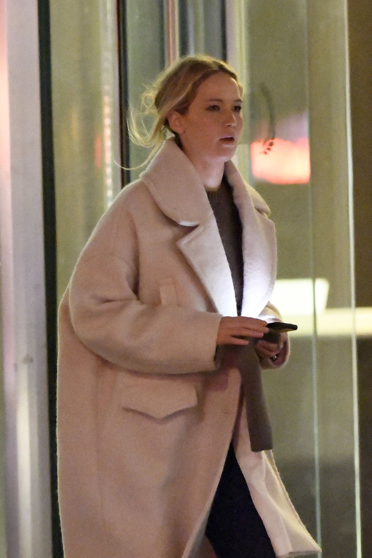 Jennifer Lawrence at Milo's Restaurant in NYC 01/07/2020