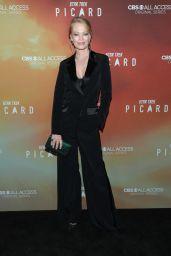 "Jeri Ryan – ""Star Trek: Picard"" Premiere in Hollywood"