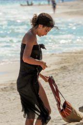 Jessica Aidi - Beach in Tulum 01/28/2020