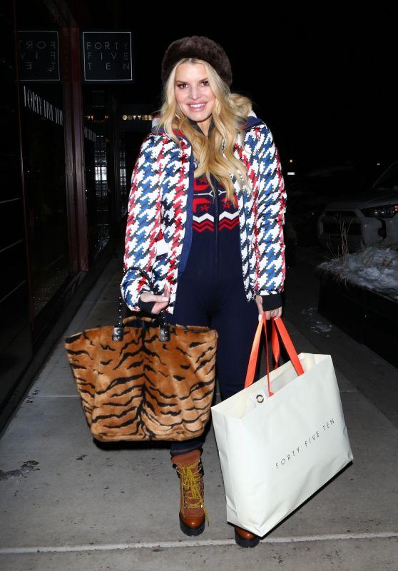 Jessica Simpson - Shopping in Aspen 12/31/2019