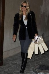 Kate Moss Street Style 01/17/2020