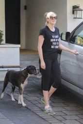 Kate Upton in Leggings - Leaves Bruno