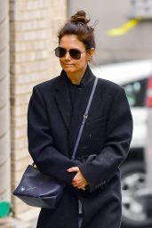 Katie Holmes - Out in New York City 01/10/2020