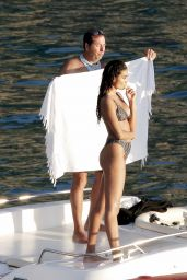 Kelly Gale - Shotoshoot in Saint Barthelemy 01/26/2020