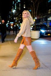 Kelsea Ballerini Style - Out in NYC 01/09/2020