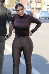 Kim Kardashian in Very Tight Brown Disco Pants 01/22/2020