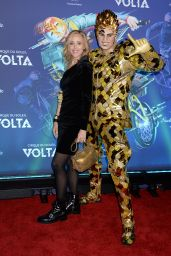Kim Raver – Cirque du Soleil VOLTA Premiere in LA