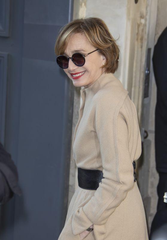 Kristin Scott Thomas– Dior Haute Couture Show at Paris Fashion Week 01/20/2020
