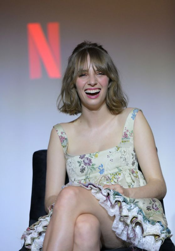 "Maya Hawke - ""Stranger Things"" Q&A and Reception in West Hollywood 01/11/2020"