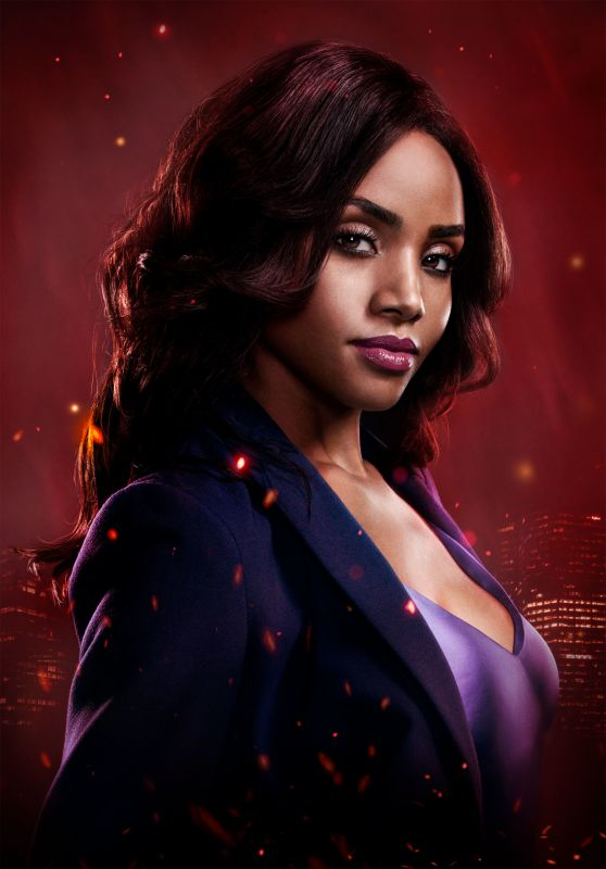 Meagan Tandy - Batwoman Season 1 Promoshoot
