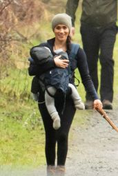 Meghan Markle - Walk in the Woods in Vancouver 01/25/2020