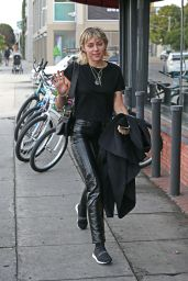 Miley Cyrus Street Style - Los Angeles 01/17/2020