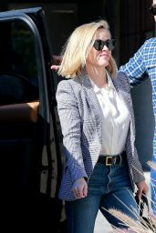 Reese Witherspoon Office Chic Outfit 01/28/2020