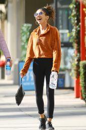 Sarah Hyland Street Style - Studio City 01/09/2020