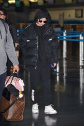 Selena Gomez - JFK Airport in New York 01/12/2020