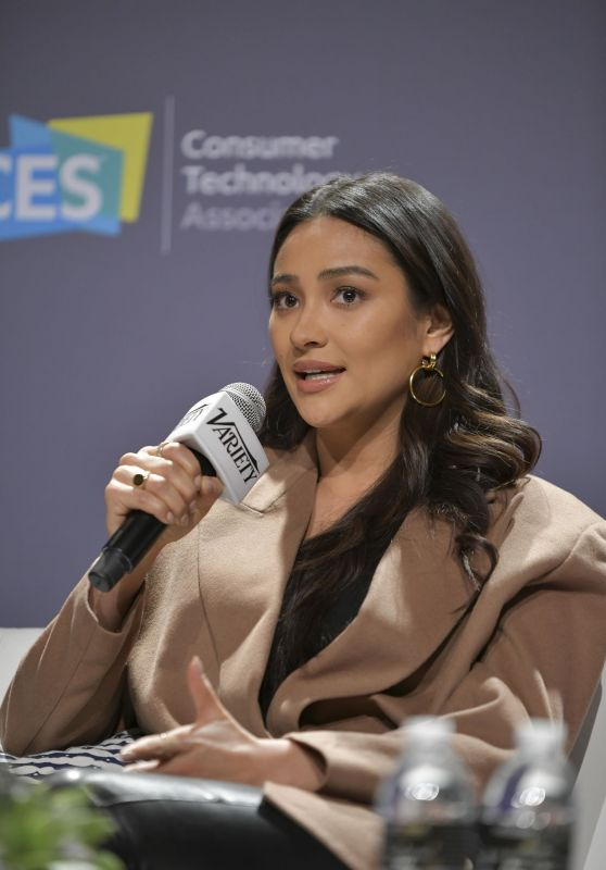 Shay Mitchell - CES 2020 in Las Vegas