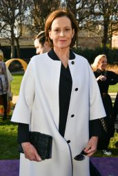Sigourney Weaver – Dior Haute Couture Show at Paris Fashion Week 01/20/2020