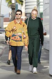 Sophie Turner and Joe Jonas - Out For a Lunch Date at Wally