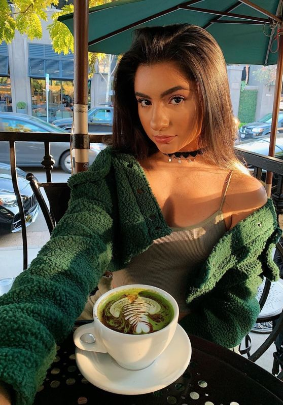 Tati McQuay - Social Media 01/12/2020