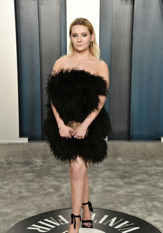 Abigail Breslin – Vanity Fair Oscar Party 2020