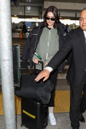 Amelia Gray Hamlin in Travel Outfit - LAX in Los Angeles 02/12/2020