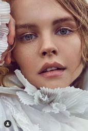 Anastasiya Scheglova – Social Media 02/14/2020