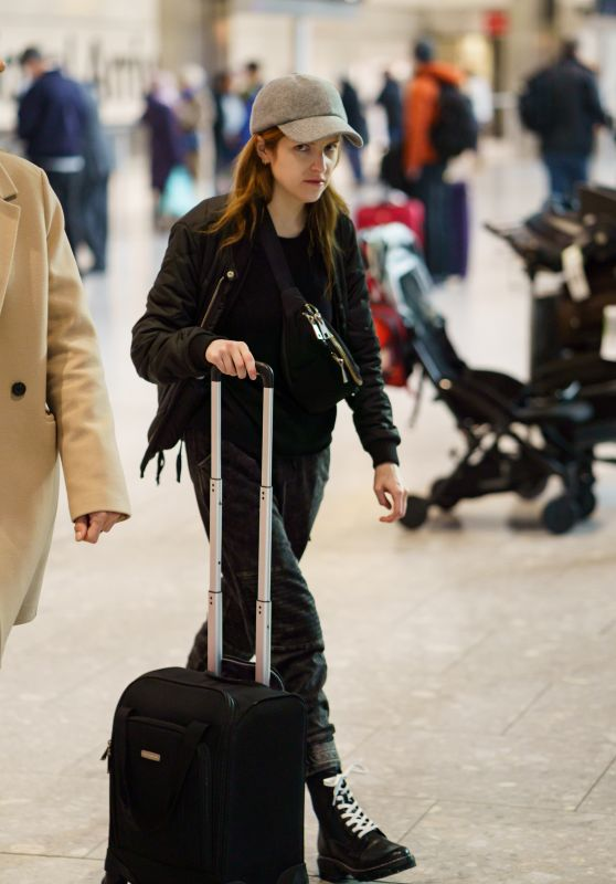Anna Kendrick in Travel Outfit - Heathrow Airport in London 02/12/2020