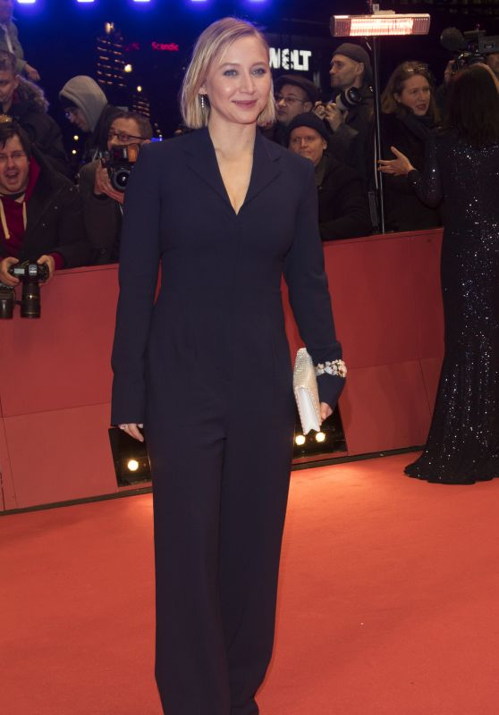 "Anna Maria Muehe – ""My Salinger Year"" Premiere at Berlinale 2020"