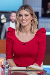 Ashley James - Good Morning Britain in London 01/31/2020