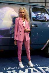 """Becca Dudley – """"Onward"""" Premiere in London"""