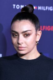 Charli XCX – Tommy Hilfiger Show at LFW 02/16/2020