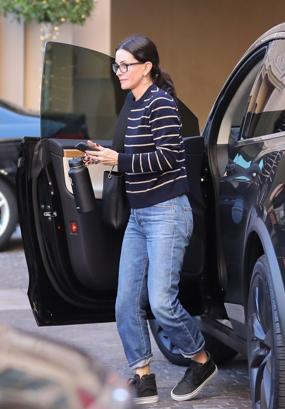 Courteney Cox in Casual Outfit - Arriving at the Montage Hotel in Beverly Hills 02/10/2020