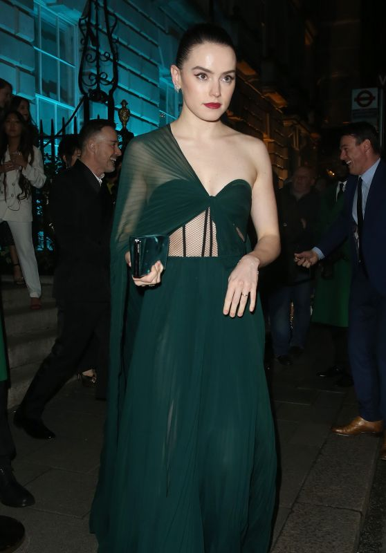 Daisy Ridley – Leaving Vogue and Tiffany & Co Party in London 02/02/2020