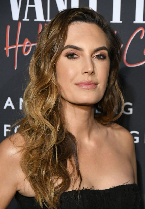 "Elizabeth Chambers – ""Vanity Fair: Hollywood Calling"" Exhibition LA"