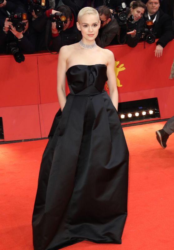 Emilia Schuele – Berlinale 2020 Opening Ceremony