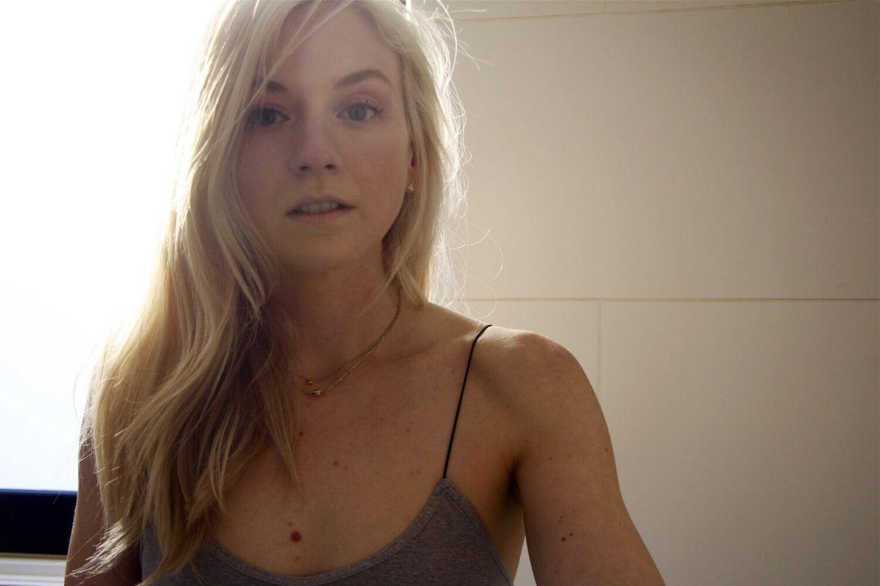 Bikini emily kinney 15 Pictures