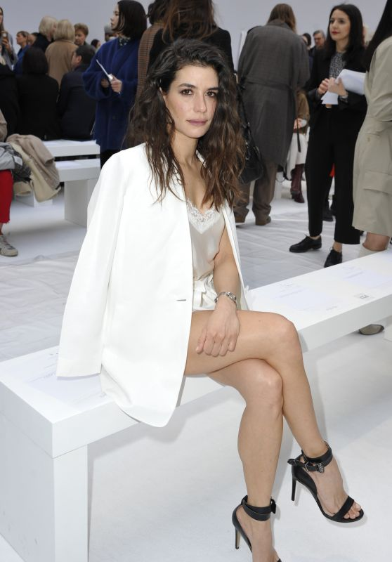 Giulia Michelini – Max Mara Show at Milan Fashion Week 02/20/2020