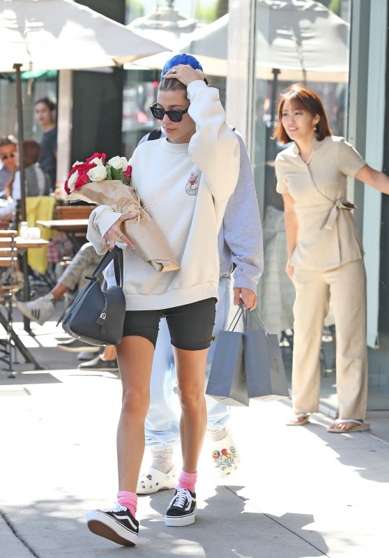 Hailey Rhode Bieber - Arriving For a Spa Session in Beverly Hills 02/14/2020
