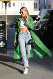 Hailey Rhode Bieber Street Style - South Beverly Grill in Beverly Hills 02/18/2020