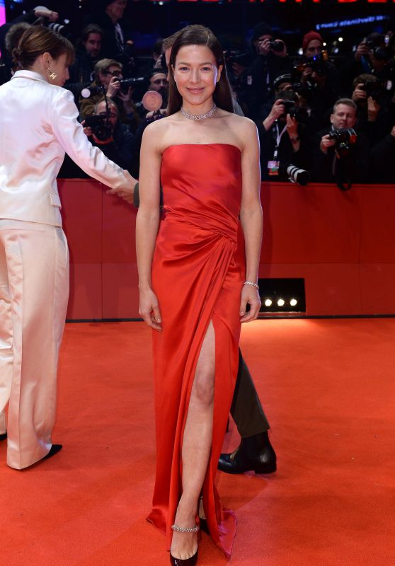 "Hannah Herzsprung – ""My Salinger Year"" Premiere at Berlinale 2020"