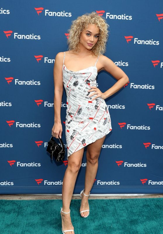 Jasmine Sanders – Fanatics Super Bowl Party in Miami 02/01/2020