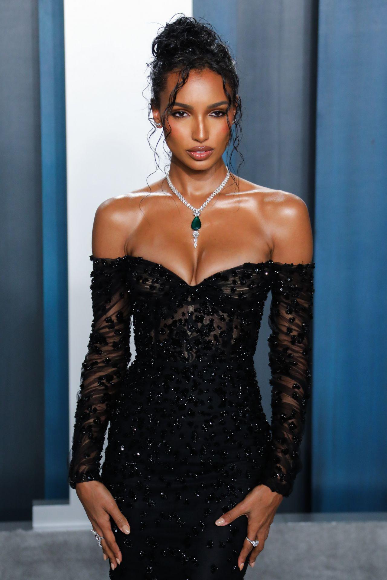 Jasmine Tookes Vanity Fair Oscar Party 2020 Celebmafia