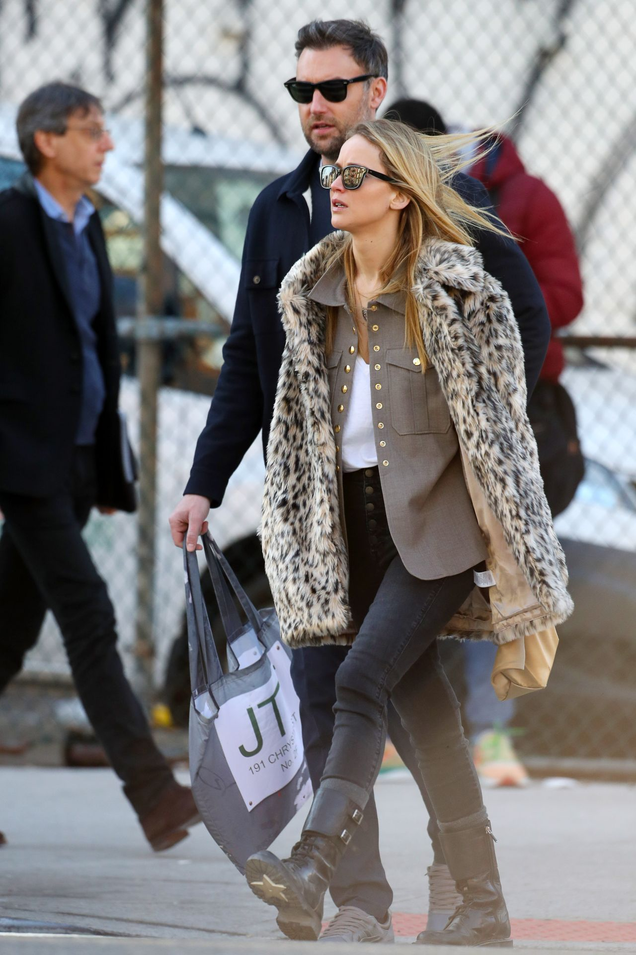 Jennifer Lawrence Latest Photos - CelebMafia