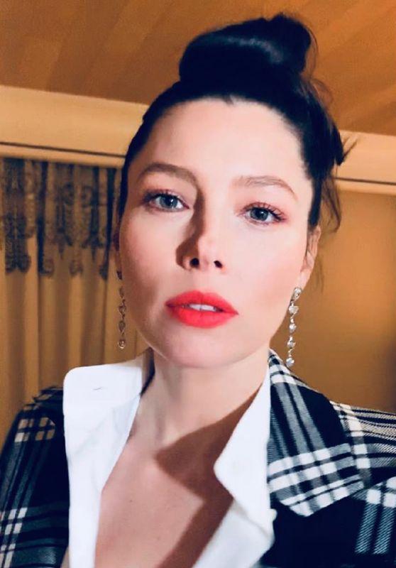 Jessica Biel - Social Media 02/04/2020